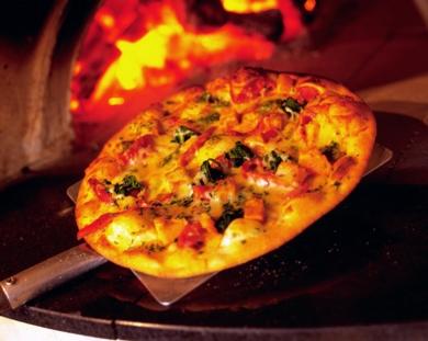 SOIREE ITALIENNE POUR L'ANNIVERSAIRE DE LA GUILDE Pizza2_big-c73c61