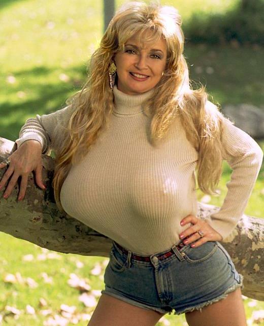 topless spanish girl gif